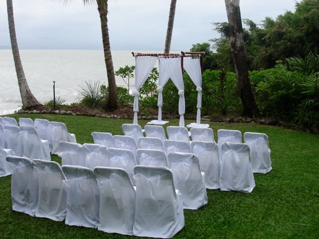Ah Little Cove, the perfect place to have a sea side ceremony without getting your feet covered in sand!  For more ideas please visit out website http://www.wardbenedict.com.au/