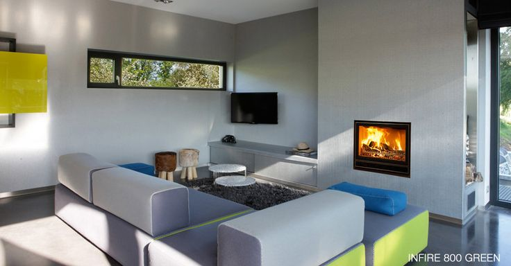 Simple and functional, practical and aesthetic, the new generation of built-in multi-fuel INFIRE fireplaces is all that and much more. The purity of its look, the size of the glazed door without any extra decorative elements is a perfect fit for all chimneys and any type of interior.