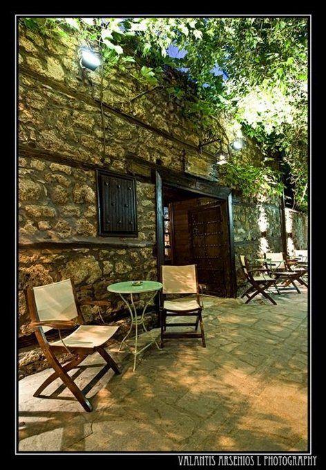 Erateinon summer public, Veroia, 2011 - Constantinos Bikas