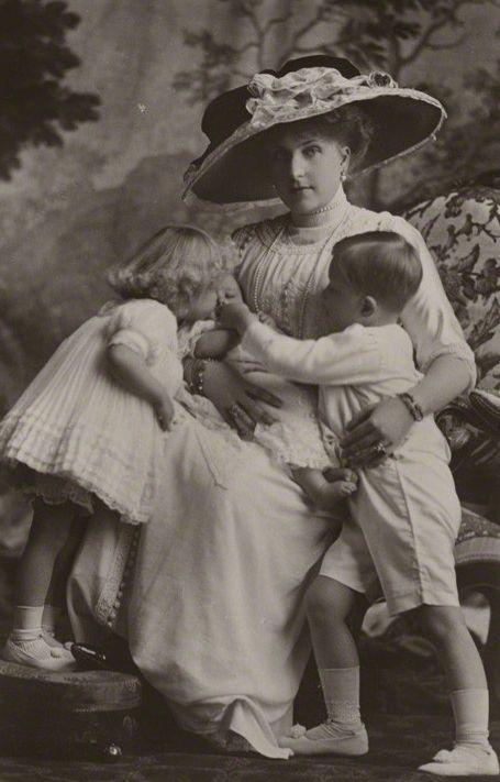 Victoria Eugenie of Spain 1911