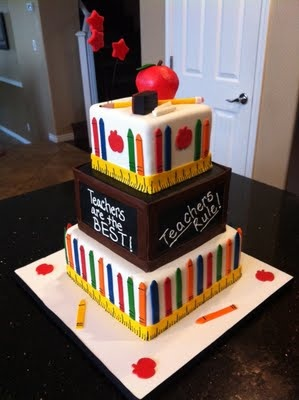 Not that I would have the time to do this, but my goodness what an adorable cake for the teachers/staff      teacher appreciation cake school