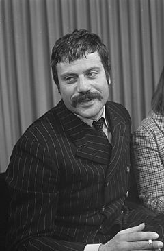 Oliver Reed another hard-drinking actor