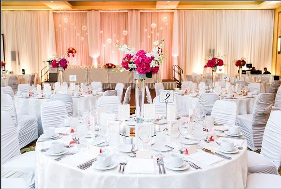 Marriott Vancouver Pinnacle Downtown #Wedding #Decor #linen #chaircovers