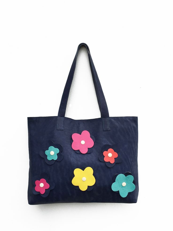 Your bag as you like it: only blue or colorful. See more in the shop!