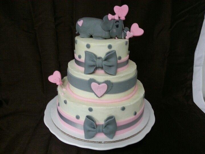 Elephant cake www.ashleesweettreats.com