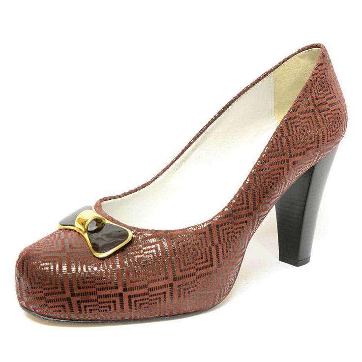 #escarpinsfemme  #grandetaille  #grandepointure  #femme  #mode  #talonhaut #chaussure #chaussurefemme #escarpins