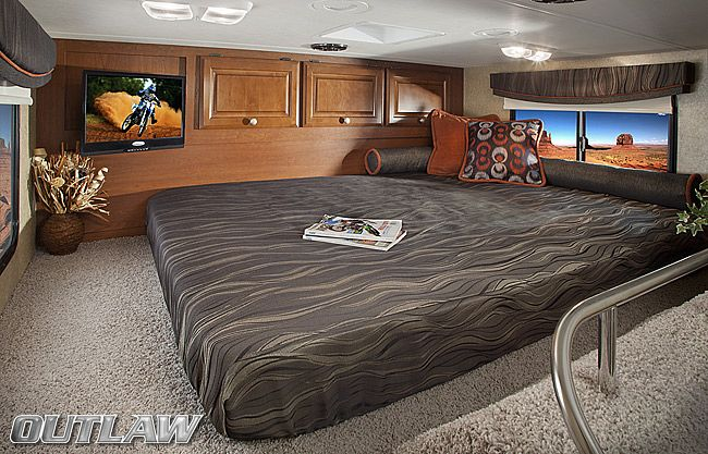1000 ideas about class a motorhomes on pinterest class for Class a rv with garage