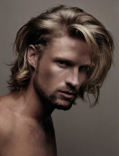 Long scruffy messy hair for men    nelsonjsalon.com