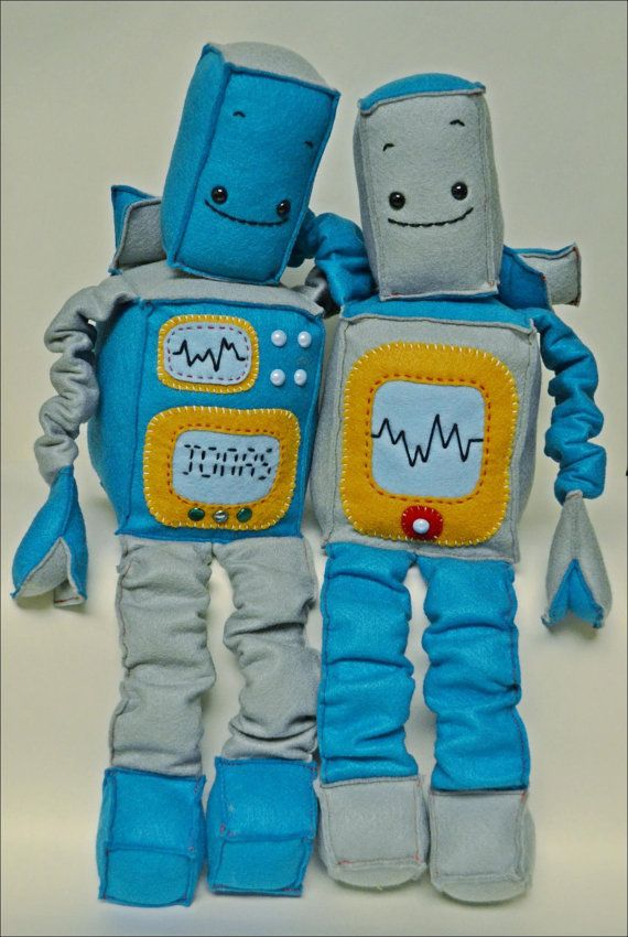 Adorable Felt Robot by whimseycraft on Etsy, $50.00 www.whimseycraft.com
