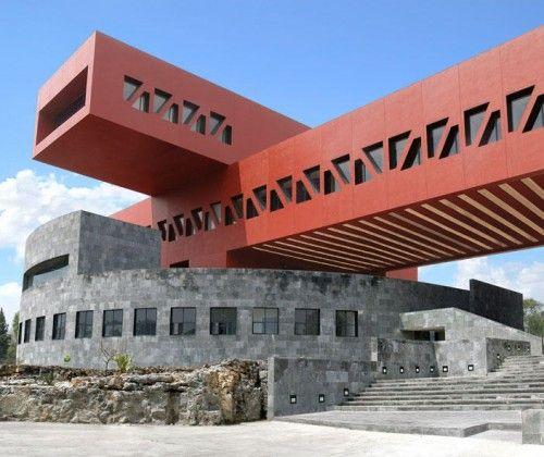 Edificio de posgrado de la Facultad de Economía de la UNAM by Legorreta + Legorreta @ México City...