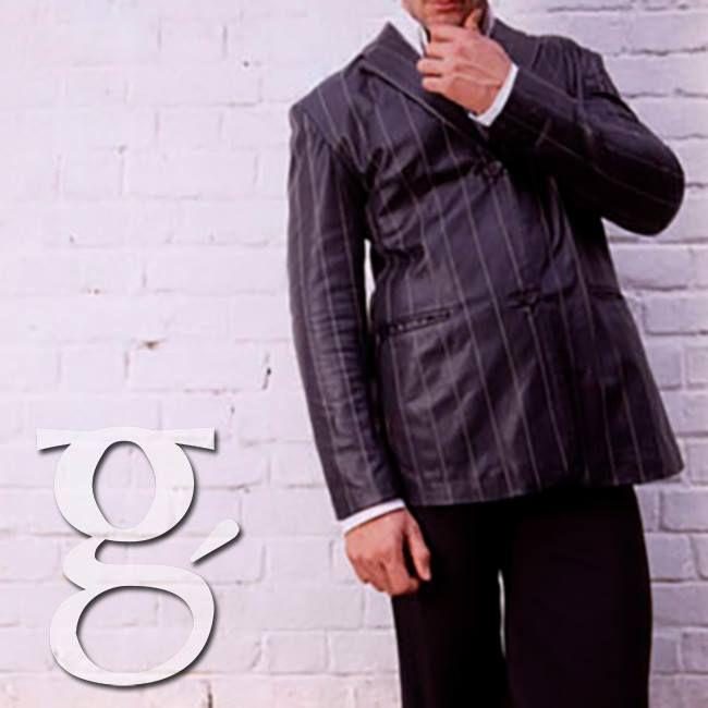 El blazer en cuero otra prenda infaltable en tu armario, para tu casual o formal una excelente opción #Man #Fashion #Blazer