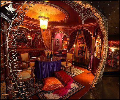Moulin Rouge Style Decorating Ideas Boudoir Theme Moulin