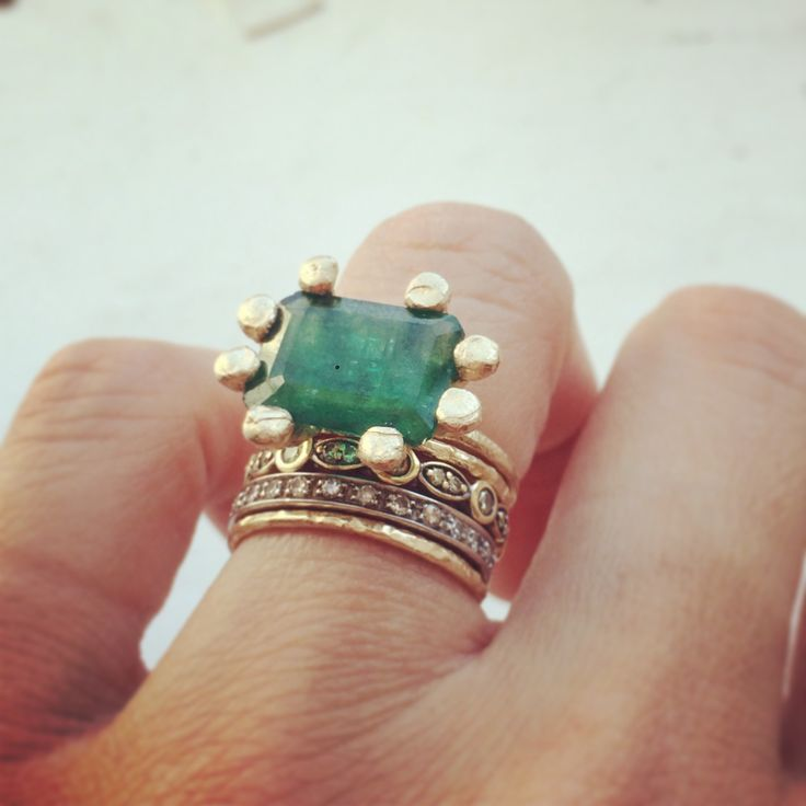 gold + emerald bohemian ring.