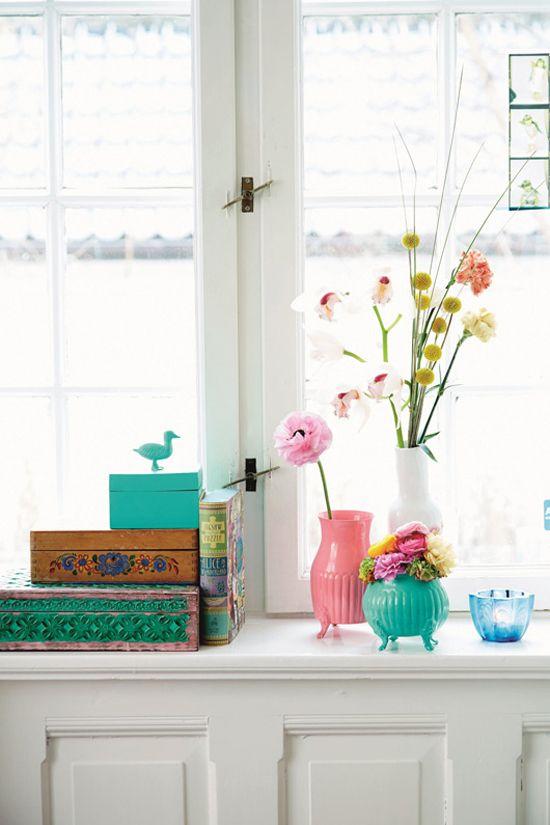 Colorful home decor | Studio Sjoesjoe