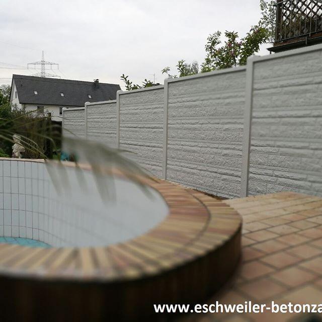 Der Sommer kommt, der Zaun steht, fehlt nur noch Wasser im Pool! #pool #betonzaun #Fels #kowalewski #garten #summer #sunshine #outdoor #outdoordecor #happy #zaun #Eschweiler #NRW #Aachen #düren #köln #möchengladbach #gartenfreude #www.eschweiler-betonzaun.de