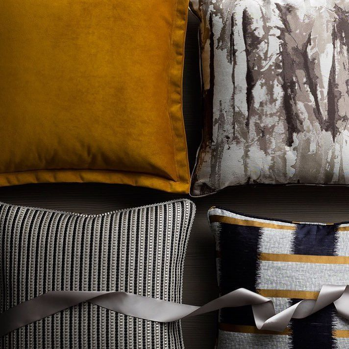 Equal parts vibrant and rich mustard is the accent colour of the season. Incorporate the golden hue into your space for a stylish aesthetic. http://ift.tt/2ePinat #luxdeco #AW16 #FW16 #cushions #gold #interiordesign #interiorinsporation #luxurydesign #mustard #golden #luxury #luxuryinteriors #cosy #winter #christmas #festive