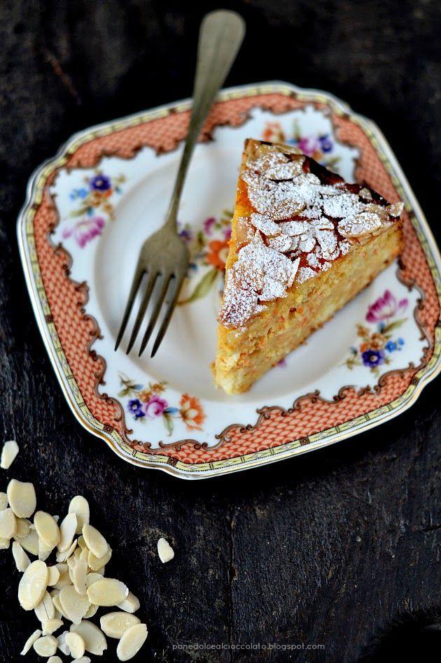 Torta (Gluten Free) di mele carote e mandorle