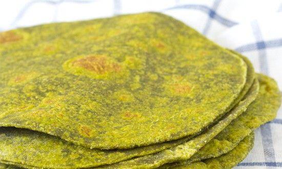 Zelfgemaakte tortilla's/wraps met spinazie