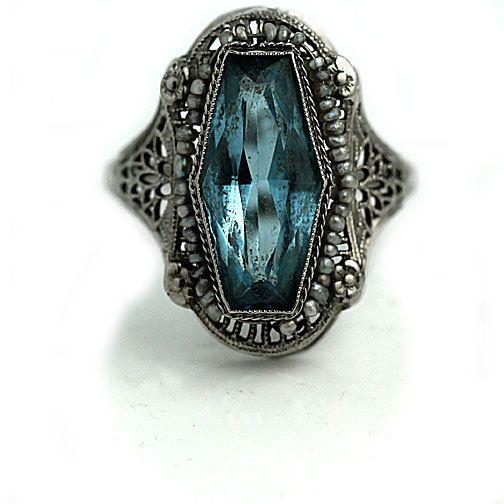 Topaze bleue bague de fiançailles 2.50ctw par ArtDecoDiamonds
