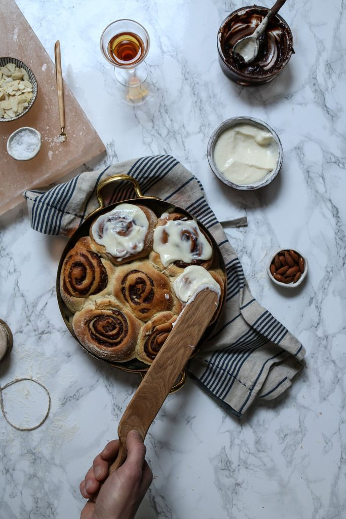 almond amaretto cocoa praline buns with cream cheese frosting