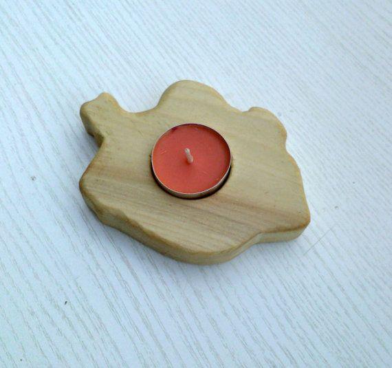 Wooden Leaf Shaped Natural Tealight Candle Holder
