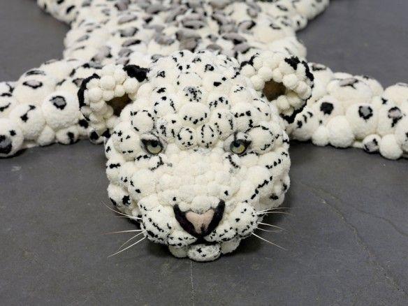 MYK design - Pompon Snow leopard