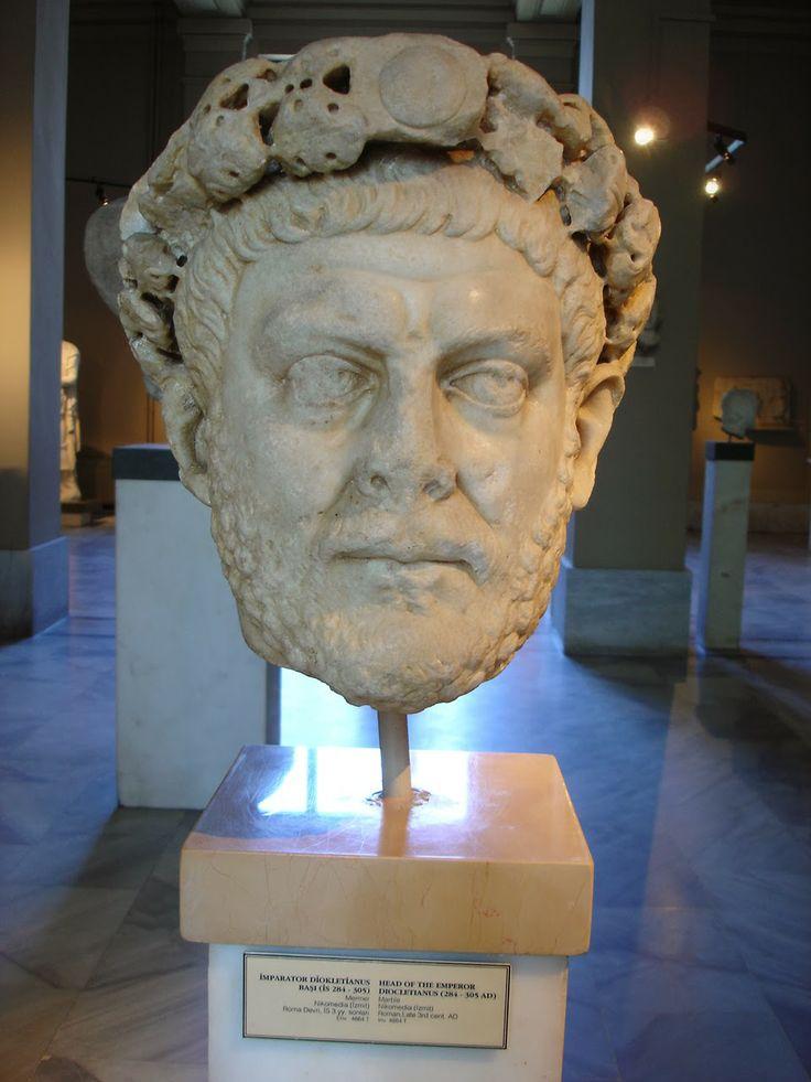 Ritratto di Diocleziano, presso Museo archeologico di Istanbul. http://marchingegno88.blogspot.it/2014/02/letteratura-latina-tardo-antica05.html