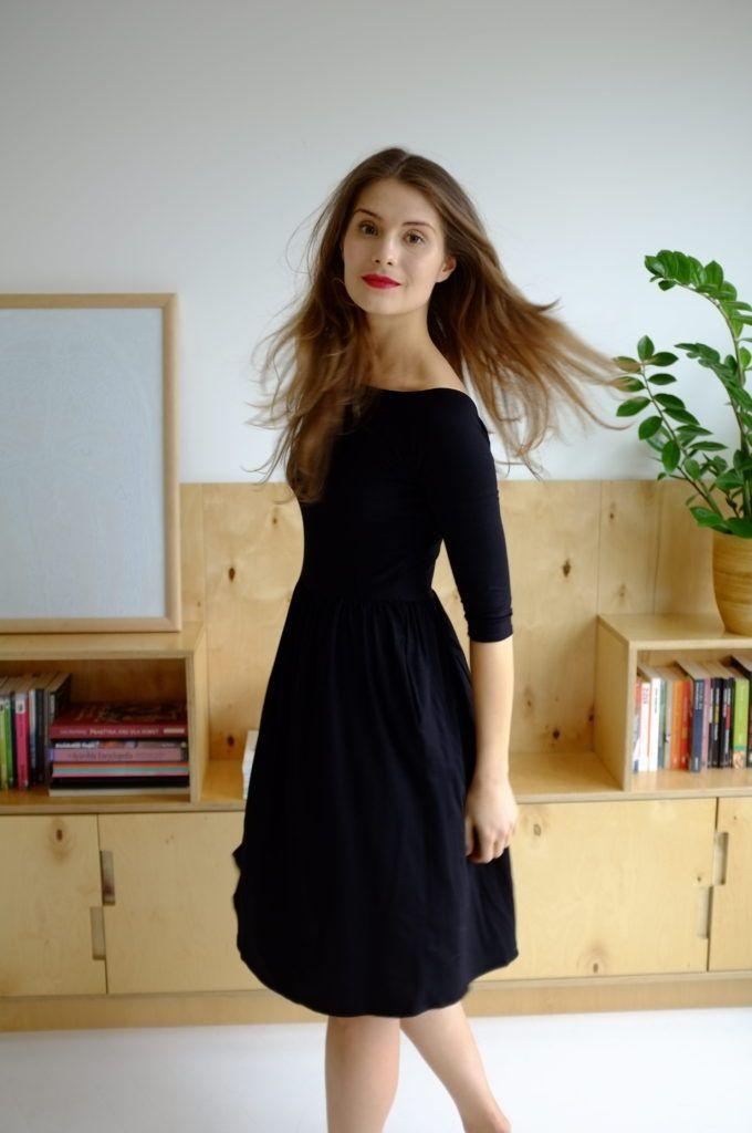 Sukienka matisse to idealny wybór na lato - uszyta z wiskozy, oversizowa forma i piękny wzór sprawią, że nie będziesz chciała jej zdejmować!, http://belle.lu/produkt/sukienka-lila/