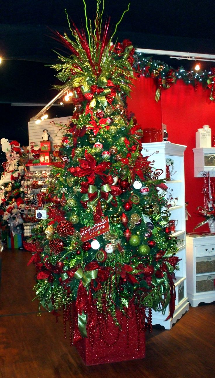 414 best Christmas Trees, Wreath & Floral Ideas images on Pinterest ...