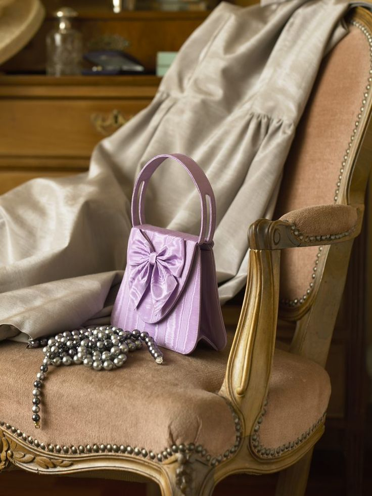"""""""L'Insolente"""" bag in lilac moiré, with Lemoniez pearl grey delightful dress. This ladylike bag caresses your silhouette like a delicate butterfly ..."""