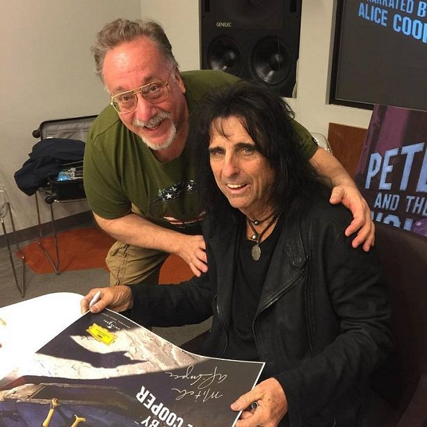 Five Reasons Why The Peter And The Wolf App, as Narrated by @realAliceCooper, Is A Must Own! @giantsaresmall