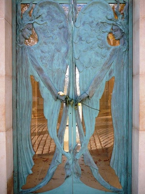 Wow what a beautiful Door