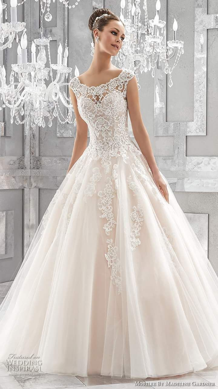 96390dbd01b4 50+ Unique Wedding Dresses that Set Serious Bridal Dressing Goals | סמלות | Wedding  dresses, Wedding, Princess wedding dresses