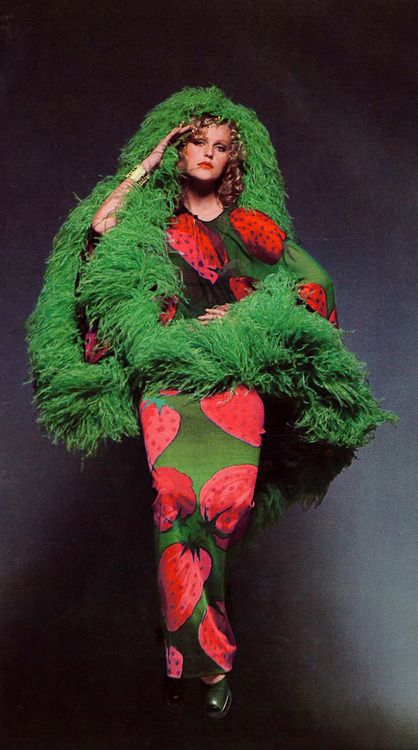 Margrit Ramme in Andy Warhol's strawberry print dress by Ken Scott, shoes by Bandura for Vogue Italia, March 1970 - photo by Alfa Castaldi