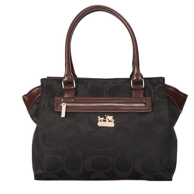 Coach bag outlet jackson nj coachclearance for Couch outlet