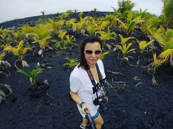 Volcano. #annadziubek #bydziubeka #bracelet #hawaii #amazing #view #landscapes #hot #summer #bydziubekaintravel #travel #jewellery #fashion #bijoux #ootd #like #love #palms #lava #lawaflow #amazing #hawaii #bigisland #kalapana #volcano #vacation