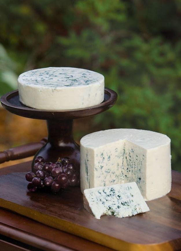 Maytag Blue Cheese: Maytag Dairy Farms