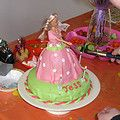 1 van de eerste taarten die ik heb gemaakt. voor mijn 3 jarige dochter