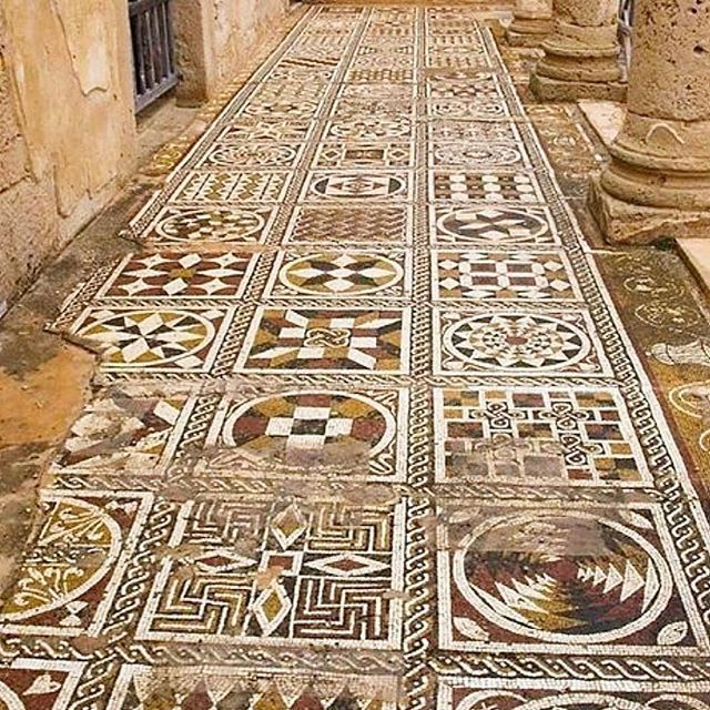 Pin By Ana Luisa On Mosaic Mosaic Flooring Mosaic Roman Villa