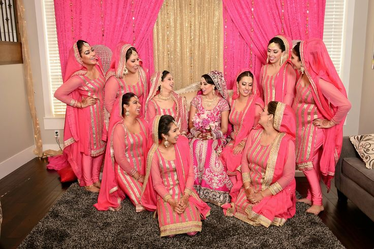 Bridesmaids in bubblegum pink
