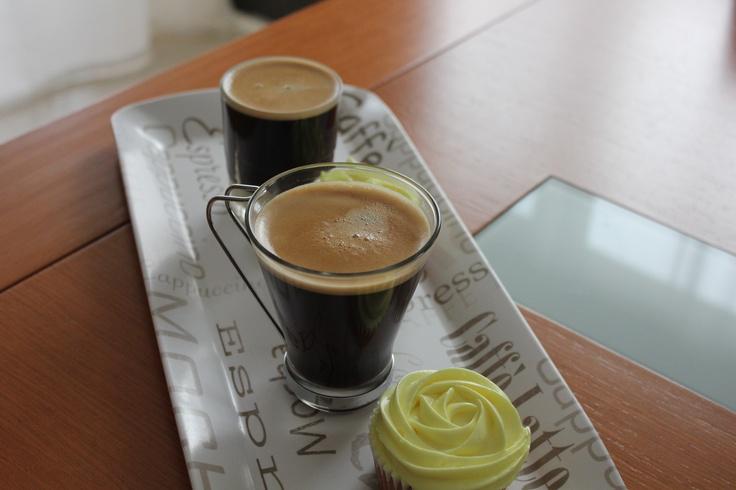 Un buen café y un cupcake...la pareja perfecta sin duda...