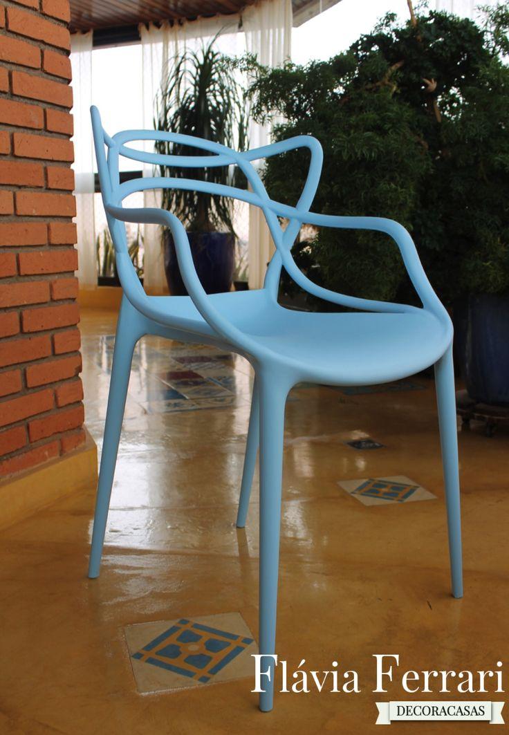 Cadeira Allegra: em polipropileno colorido. Fácil de limpar, resistente à água e com design agradável. Super confortável!