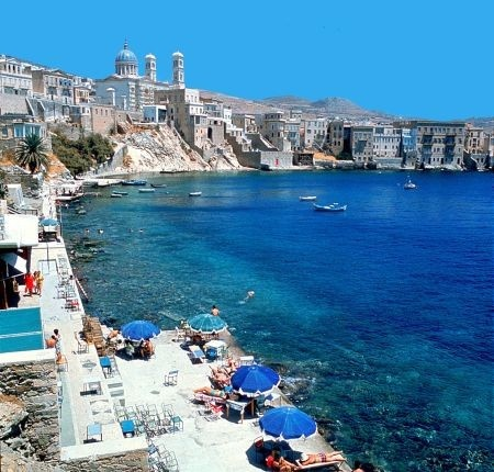 come may ill be living here! Syros, Greece