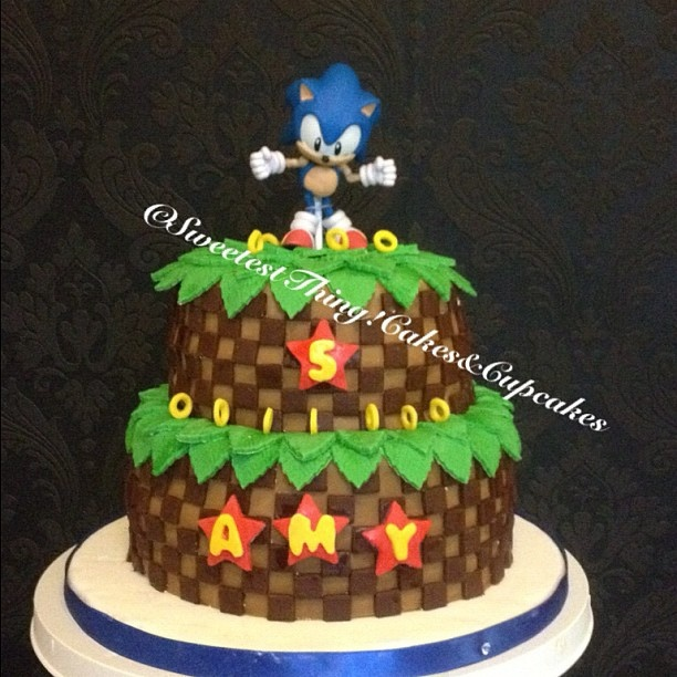 Sonic Birthday Cake by Sweetest Thing! Cakes & Cupcakes, via Flickr