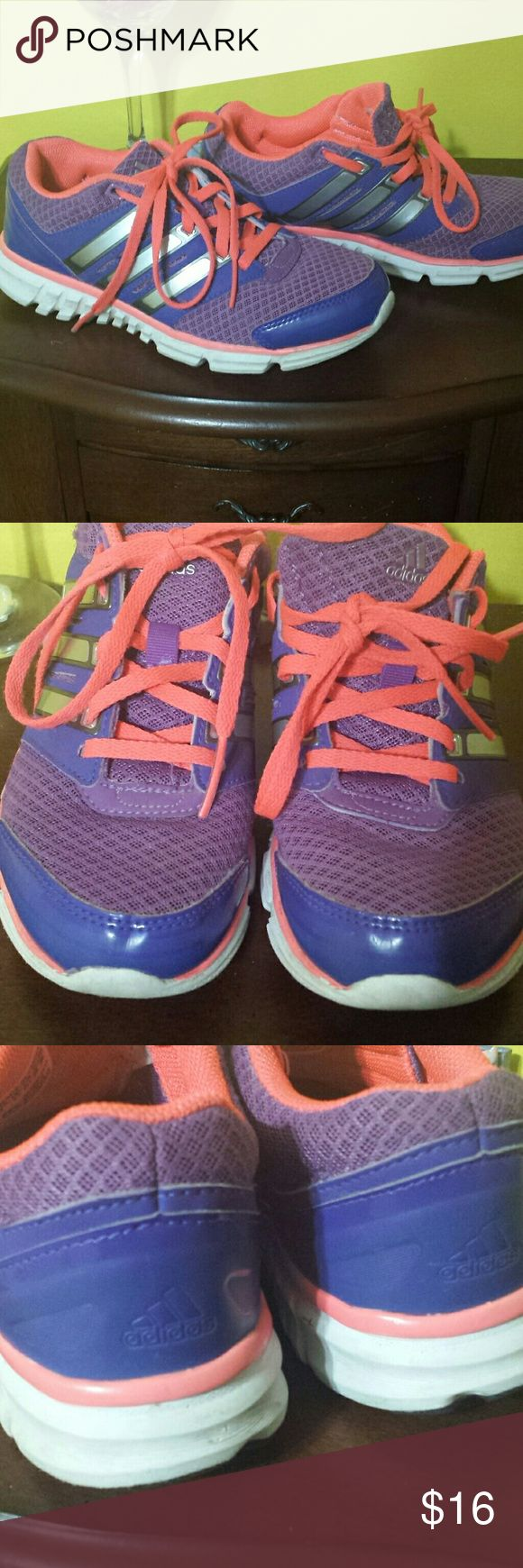 Adidas tennis shoe Pink and purple Adidas size 2 kids shoe. Gently used. In good condition. Adidas Shoes Sneakers