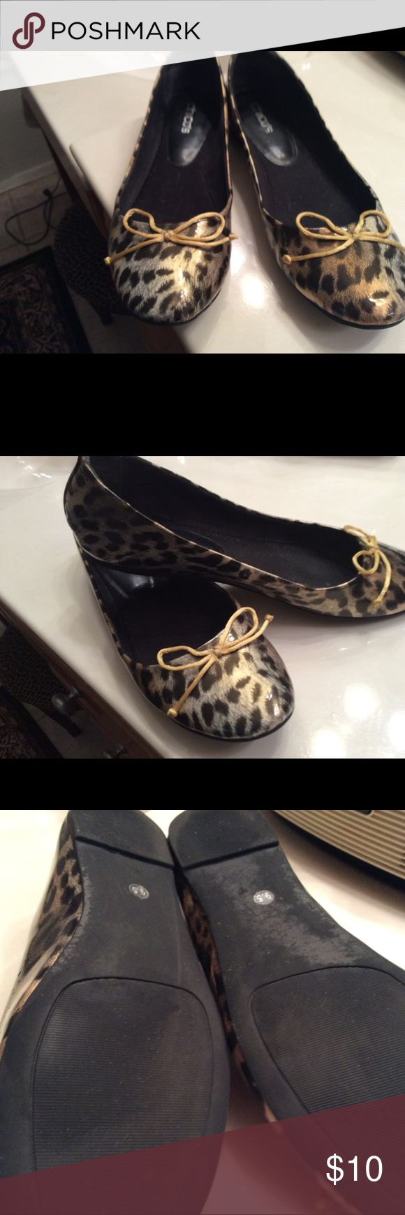 Chico's Animal Print Ballet Flats Size 9.5 M Really cute flats from Chico's. I only wore them a couple of times. Chico's Shoes Flats & Loafers