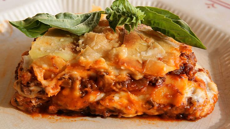Video:How to Cook Lasagne