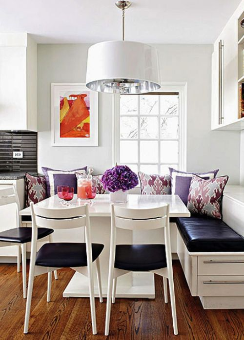 contemporary breakfast nook // kitchen  #radiantorchid #pantone2014