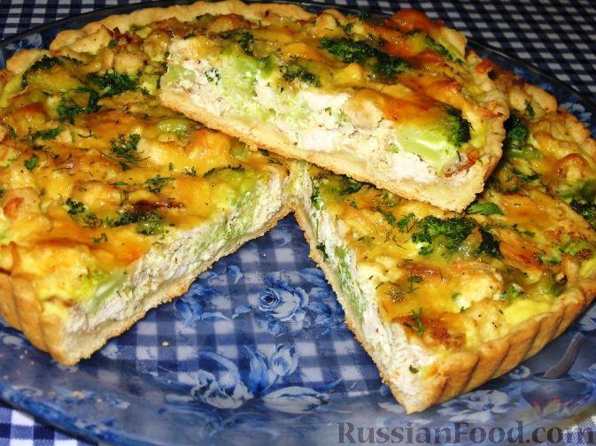 Фото приготовления рецепта: Пирог  с брокколи и курицей - шаг №10