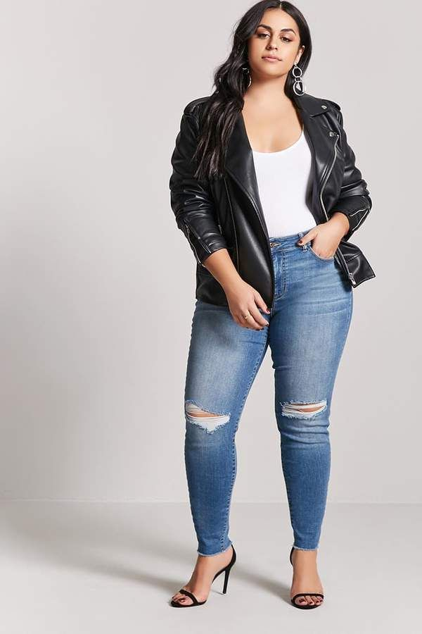 0463813ea08 These jeans are so cut! Love the jacket as well.  plussize  plussizefashion   afflink